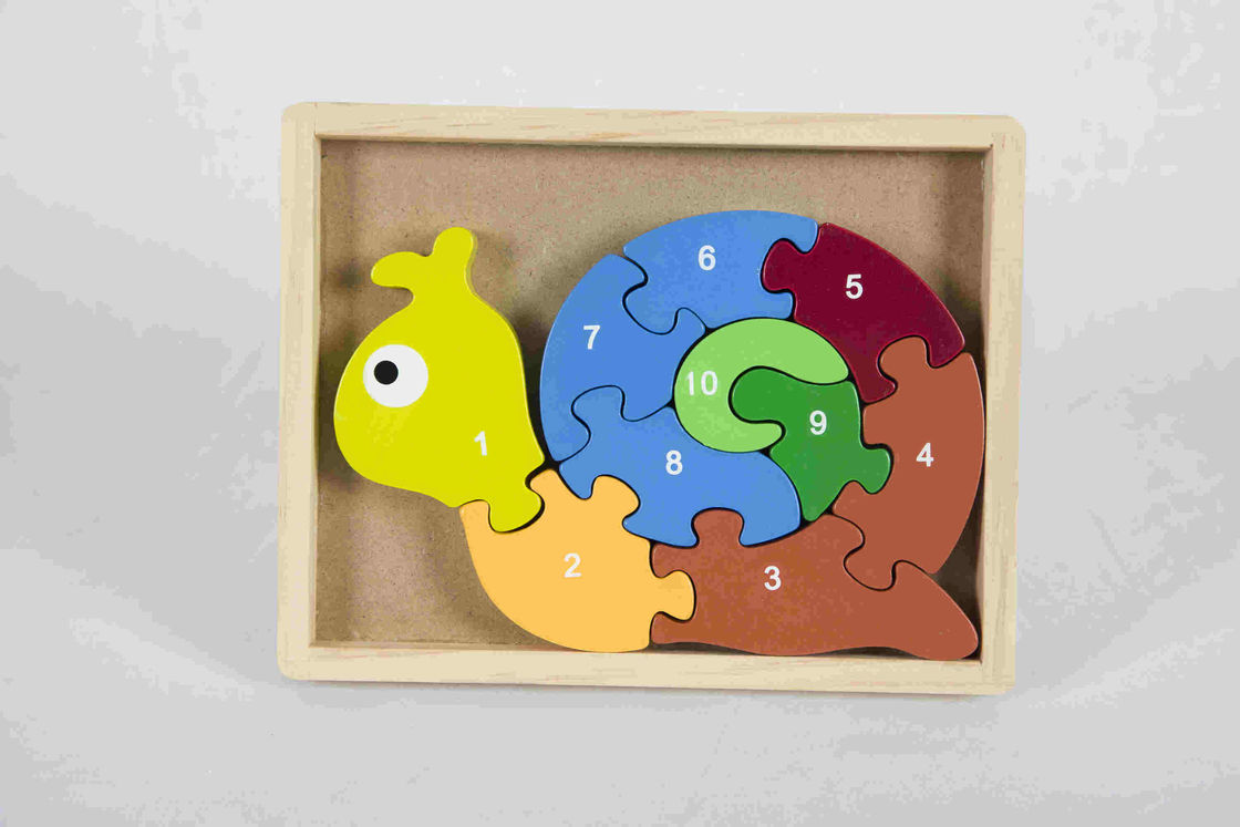 Eco Friendly Soild Wood Number Snail Puzzle Game For Nature Home / Classroom